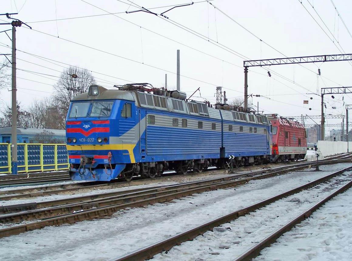 Електровоз ЧС8-020, локомотивне депо Київ-Пасс.