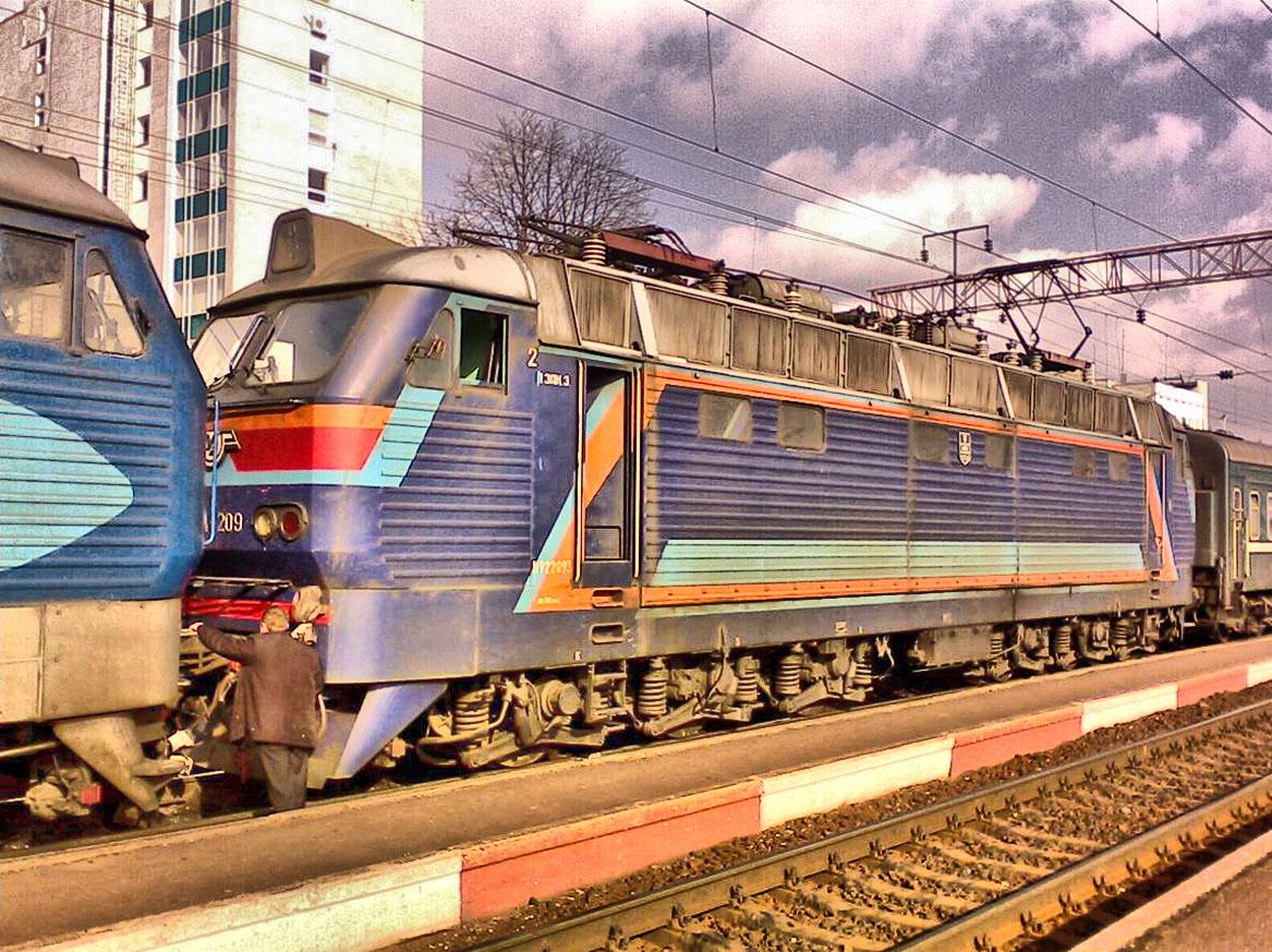 Електровоз ЧС4-209, ст. Хмельницький