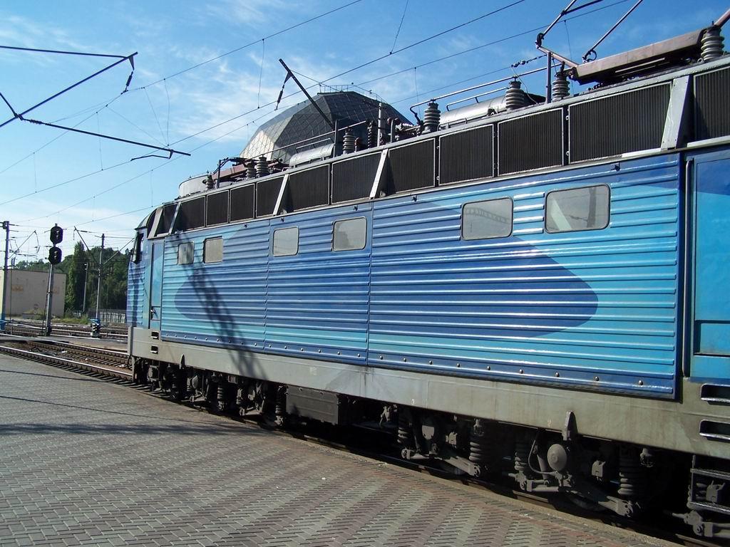 ЧС4-067 на ст. Київ-Пасажирський