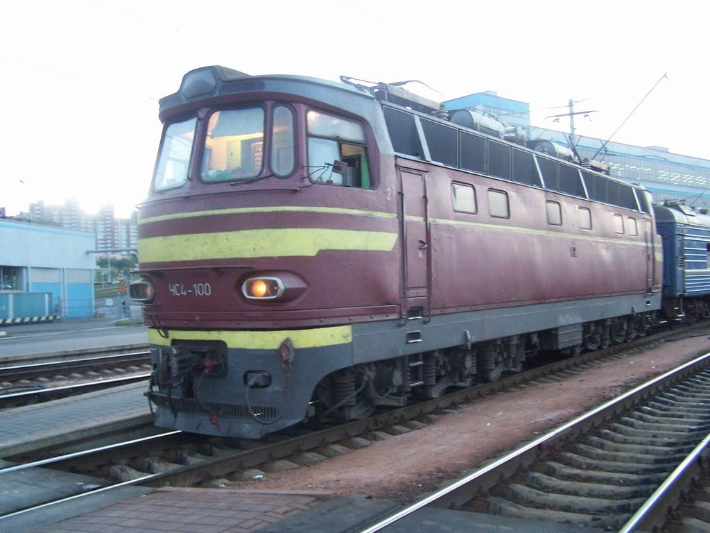 ЧС4-100 на ст. Київ-Пасажирський