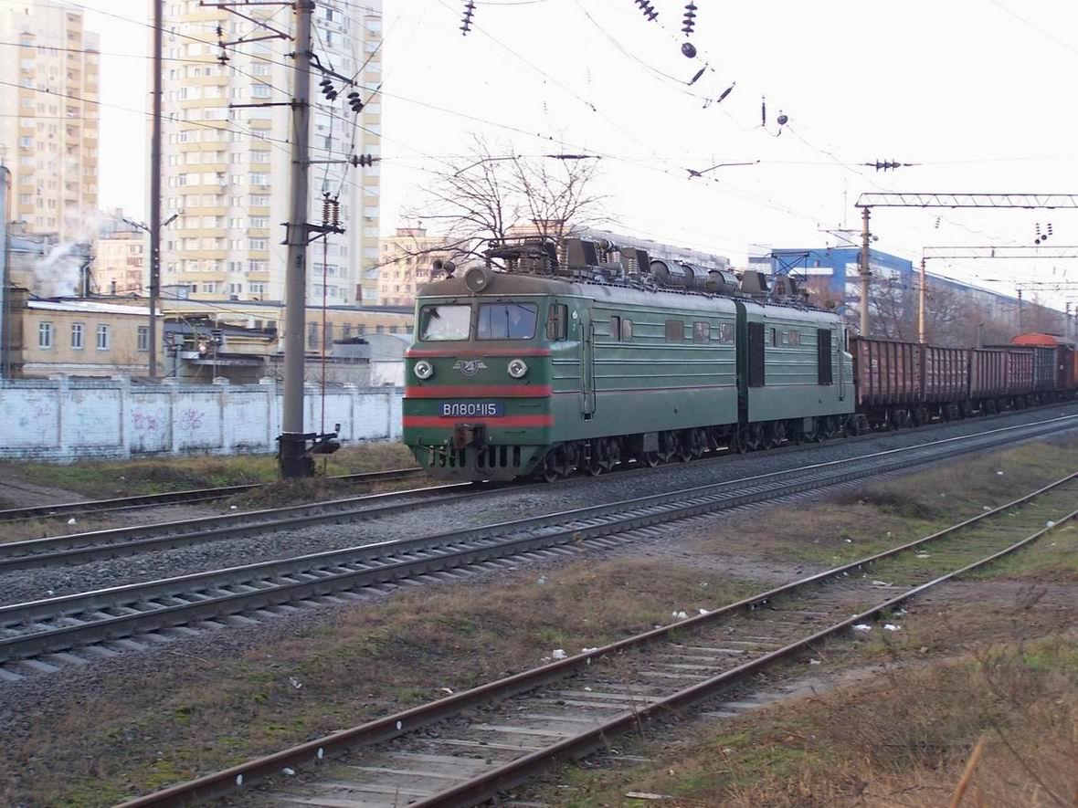 Електровоз ВЛ80К-115, перегон Київ-Дніпровський - Дарниця