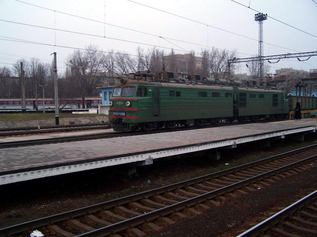 ВЛ80к-096 на ст. Київ-Волинський