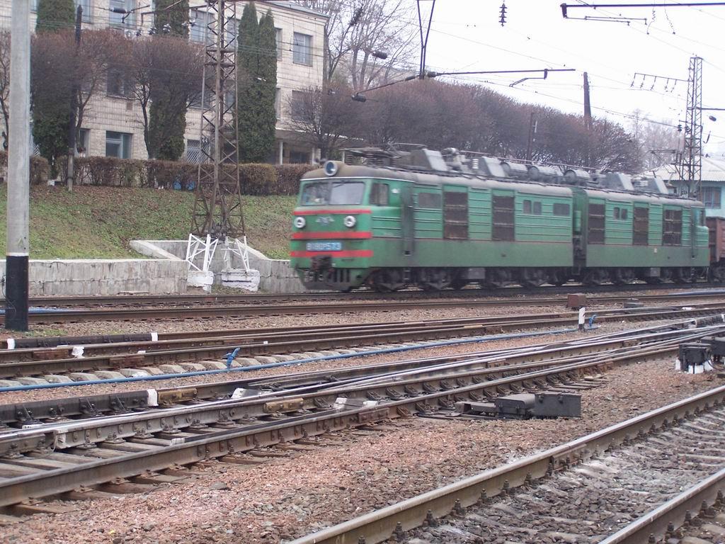 ВЛ80к-573 на ст. Київ-Волинський
