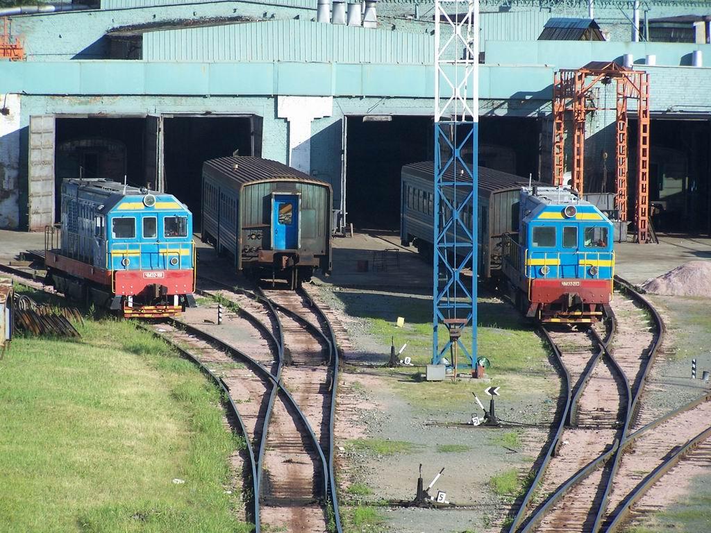 ЧМЕ2-161 та ЧМЕ2-210 на Київському ЕВРЗ