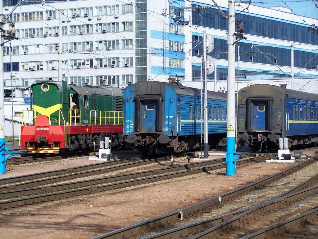 ЧМЕ3т-5796 на ст. Київ-Пасажирський