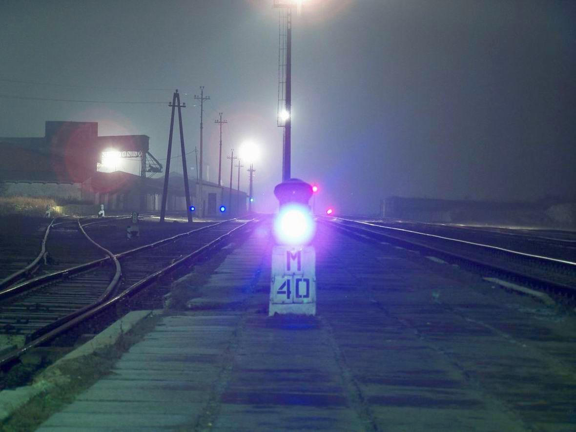 Карликовий маневровий світлофор М40 на ст. Балин