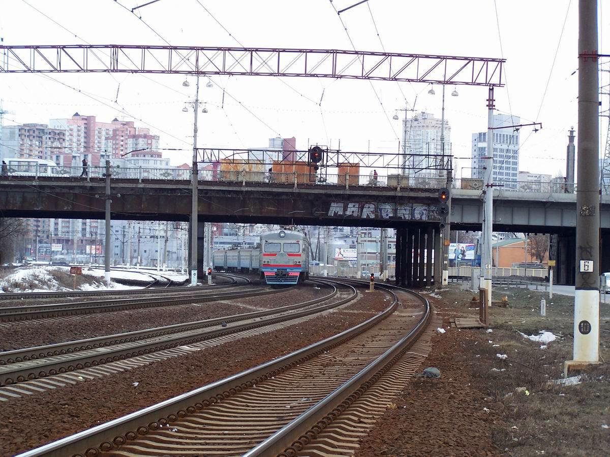 Електропоїзд ЕР9М-386, перегон Київ-Товарний - Київ-Московський