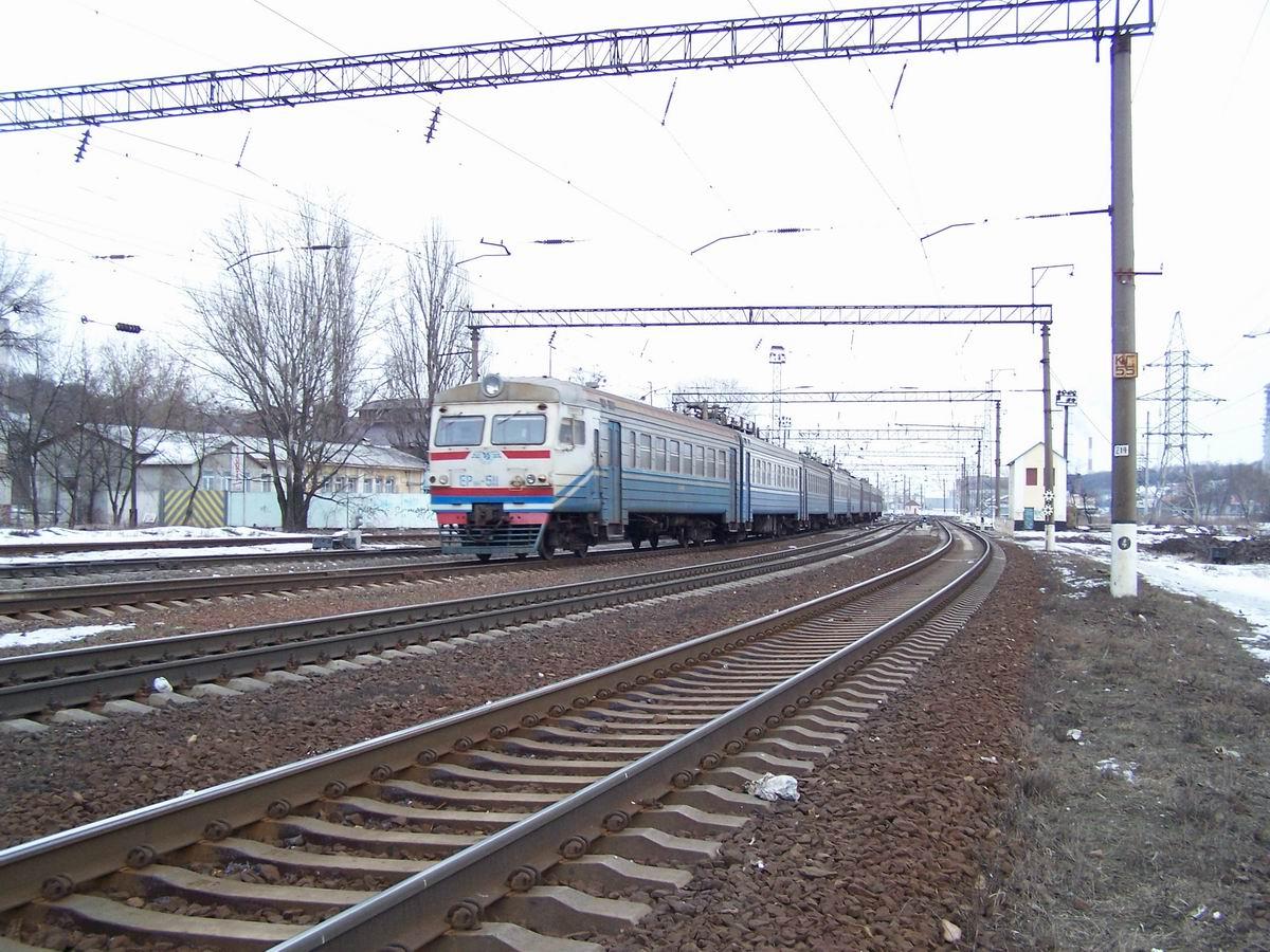 Електропоїзд ЕР9М-511, північна горловина ст. Київ-Московський