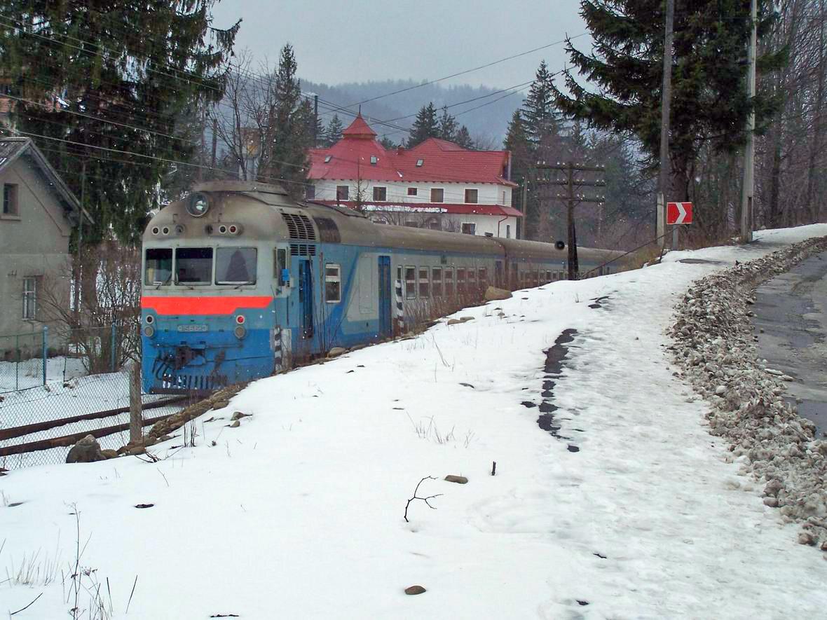 Дизель-поїзд Д1-566, перегон Микуличин-Яремча, м. Яремче