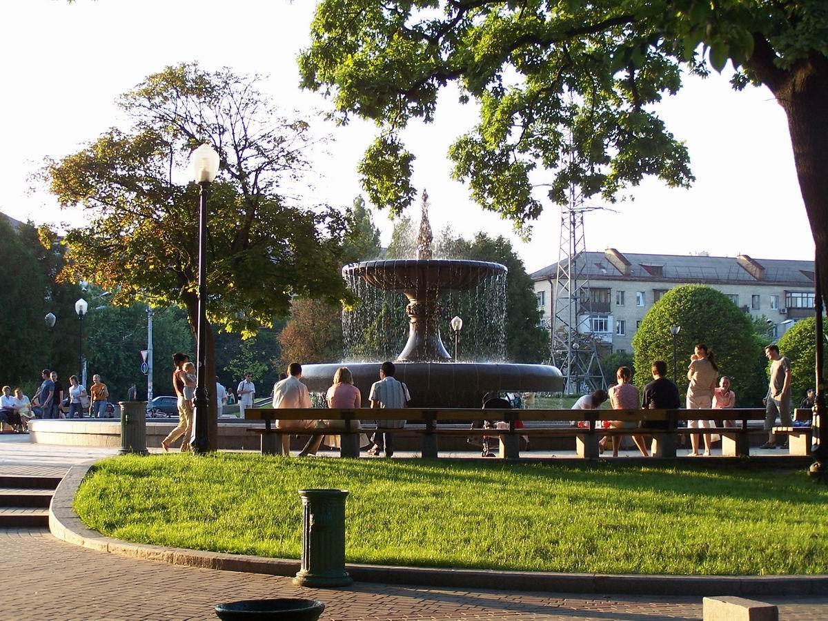 Фонтан в Голосіївському парку