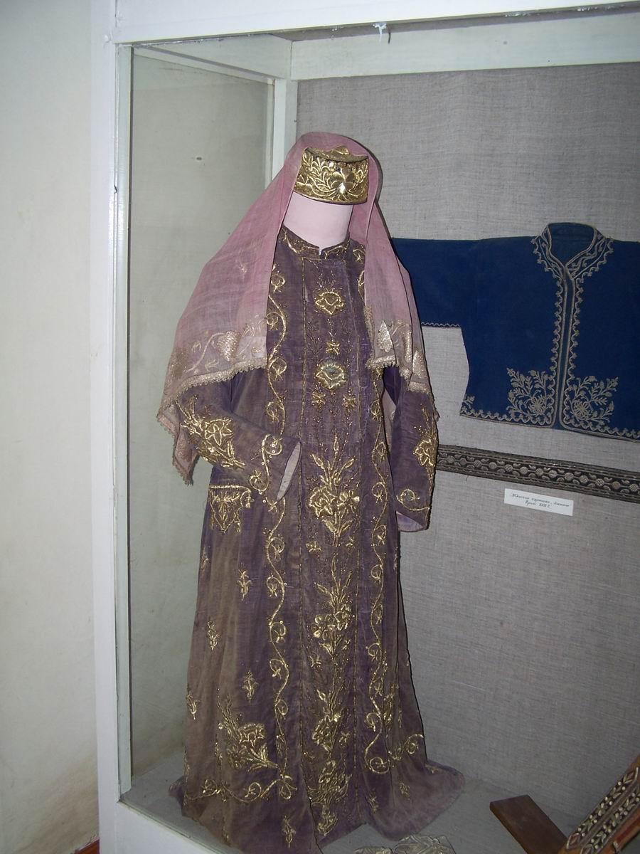 Татарська жіноча одежа