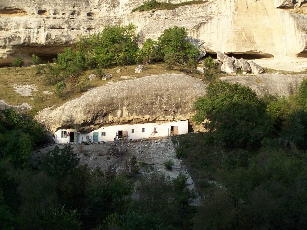 Побутове приміщення Успенського печерного монастиря