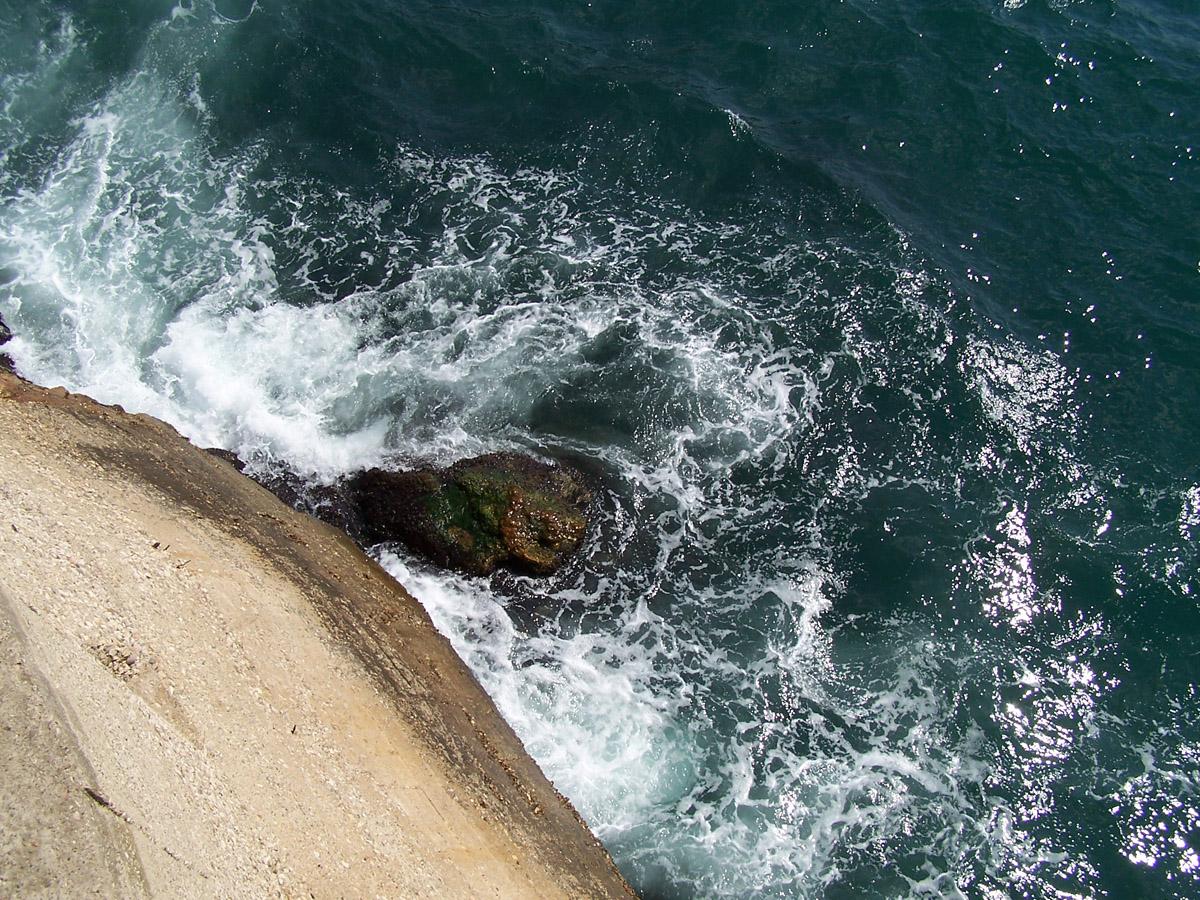 Море біля Балаклави