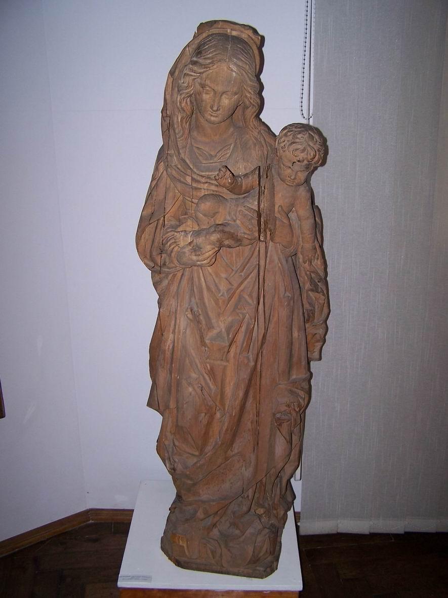 В музеї народного мистецтва Гуцульщини і Покуття. Матір Божа