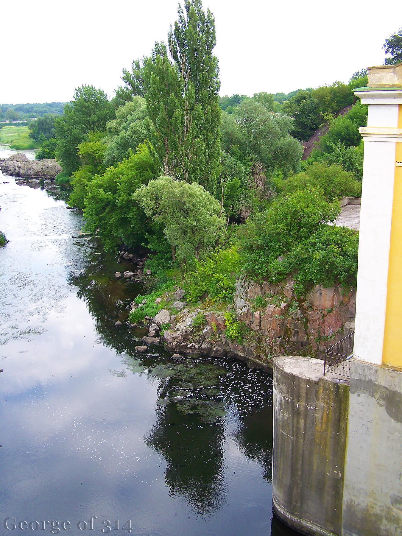 Вид на р. Рось з греблі Стеблівської ГЕС, смт Стеблів, Черкаська область