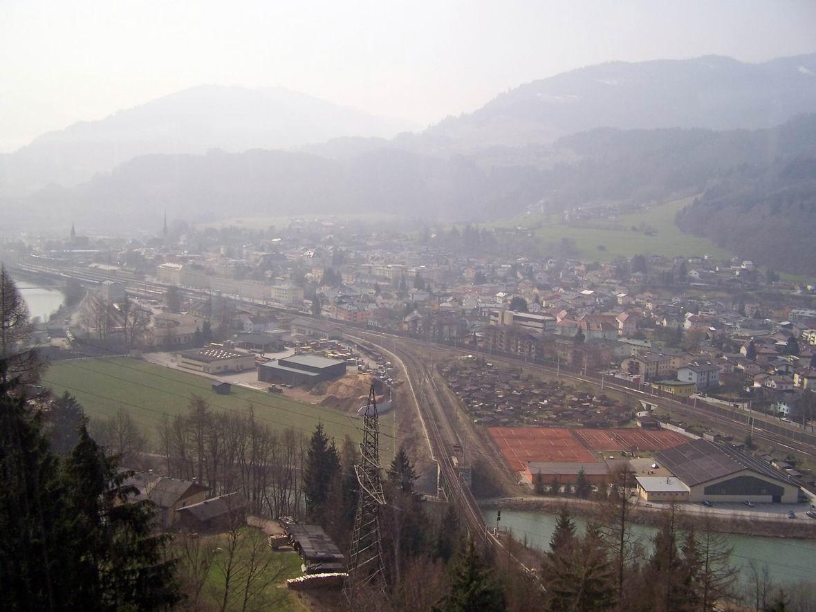 М. Бішофсхофен, Австрія