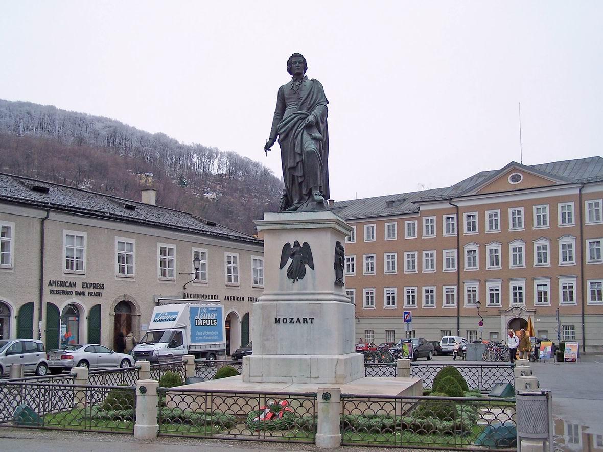 Пам'ятник Моцарту, Зальцбург, Австрія