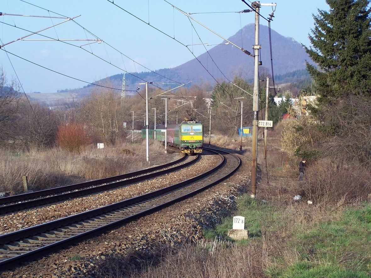 Електровоз Skoda 163.113-4, околиці м. Тренчин, Словаччина