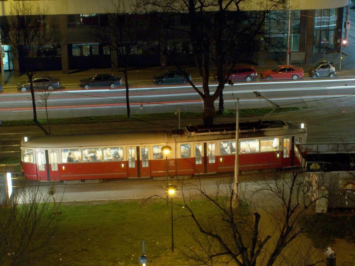 Трамвай типу Е, Урбан-Лоріц Плац, Відень, Австрія